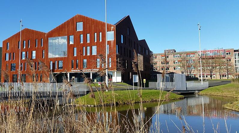 Amsterdam University College building